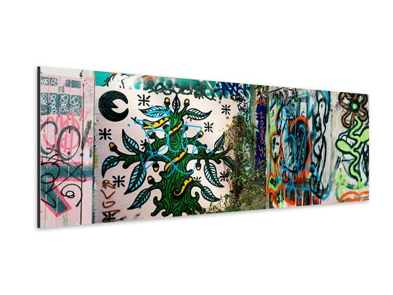 Aluminiumbild Panorama Graffiti im Hinterhof