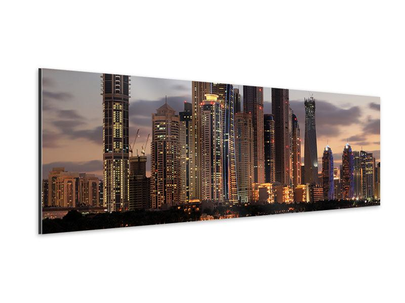 Aluminiumbild Panorama Skyline Dubai bei Sonnenuntergang