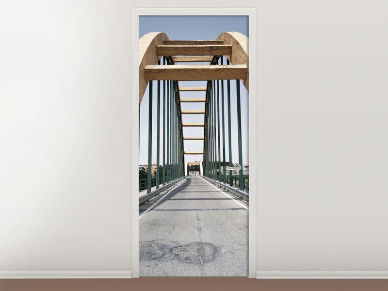 Türtapete Imposante Hängebrücke