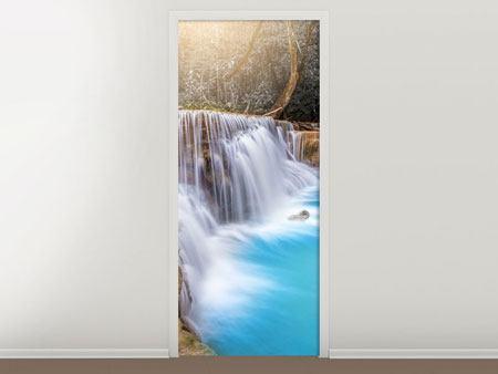Türtapete Glücklicher Wasserfall