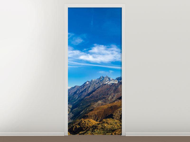 Türtapete Schweizer Alpen im Frühling