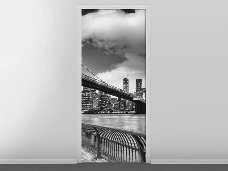 Türtapete Skyline Schwarzweissfotografie Brooklyn Bridge NY