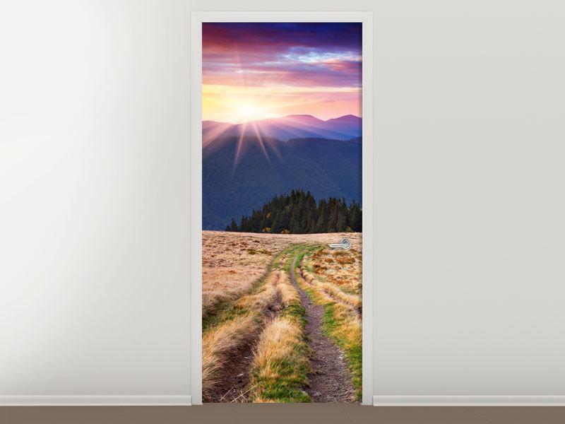 Türtapete Sonnenuntergang in der Bergwelt