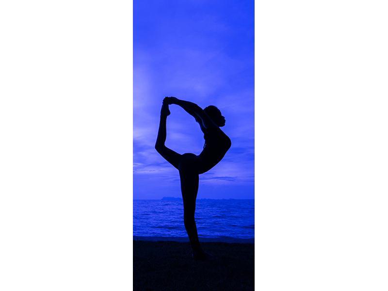 Türtapete Yogaübung am Strand