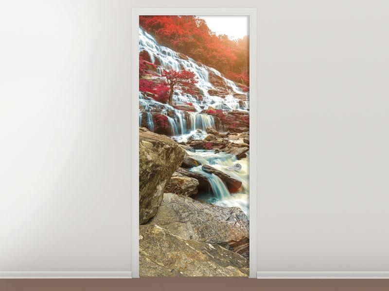 Türtapete Exotischer Wasserfall