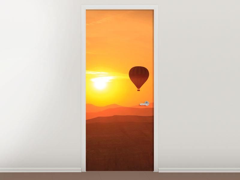 Türtapete Heissluftballon bei Sonnenuntergang