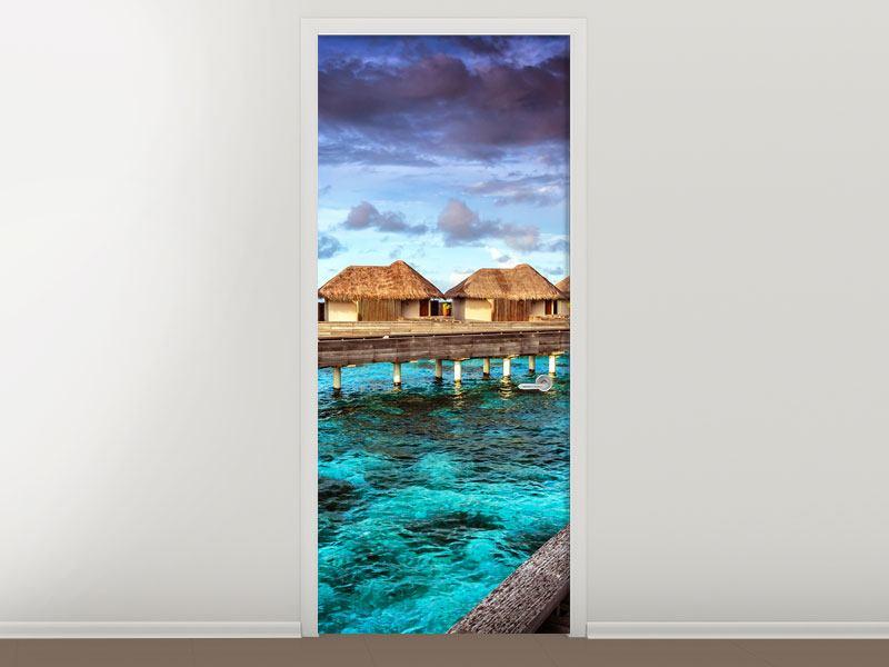 Türtapete Traumhaus im Wasser