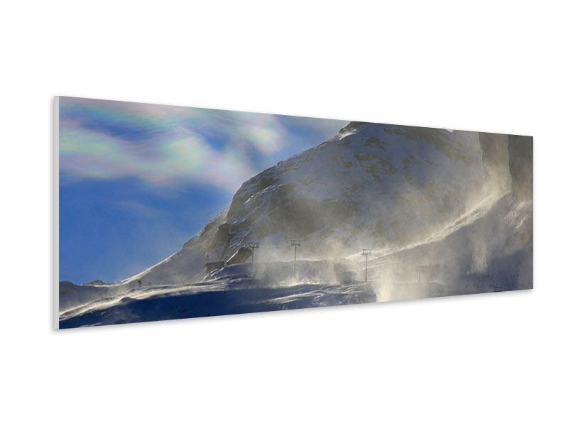 Hartschaumbild Panorama Mit Schneeverwehungen den Berg in Szene gesetzt
