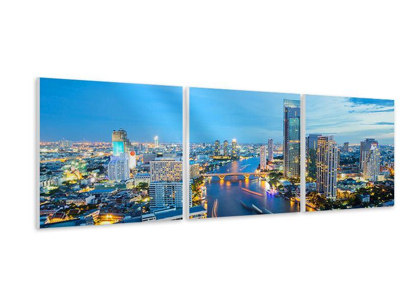 Panorama Hartschaumbild 3-teilig Skyline Bangkok in der Abenddämmerung