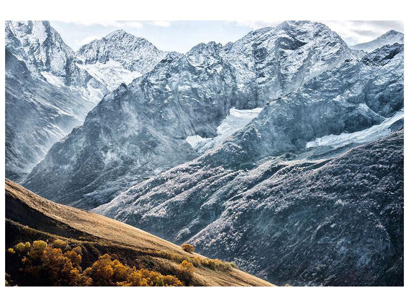 Hartschaumbild Gigantische Berggipfel