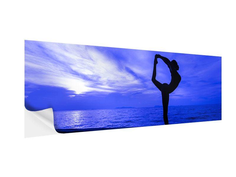 Klebeposter Panorama Yogaübung am Strand