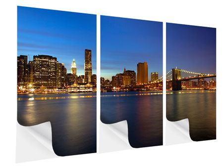 Klebeposter 3-teilig Skyline Manhattan im Lichtermeer