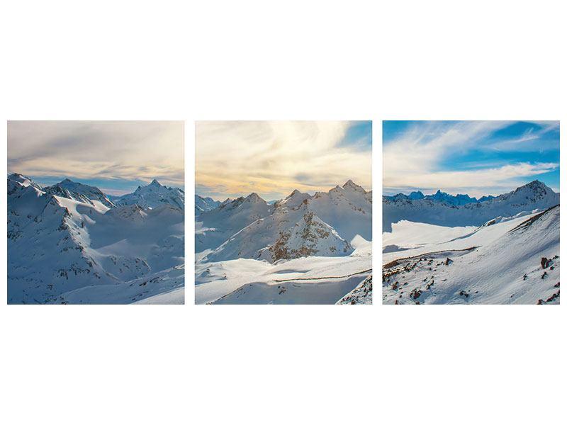 Panorama Klebeposter 3-teilig Über den verschneiten Gipfeln