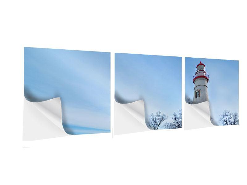 Panorama Klebeposter 3-teilig Leuchtturm im Schnee