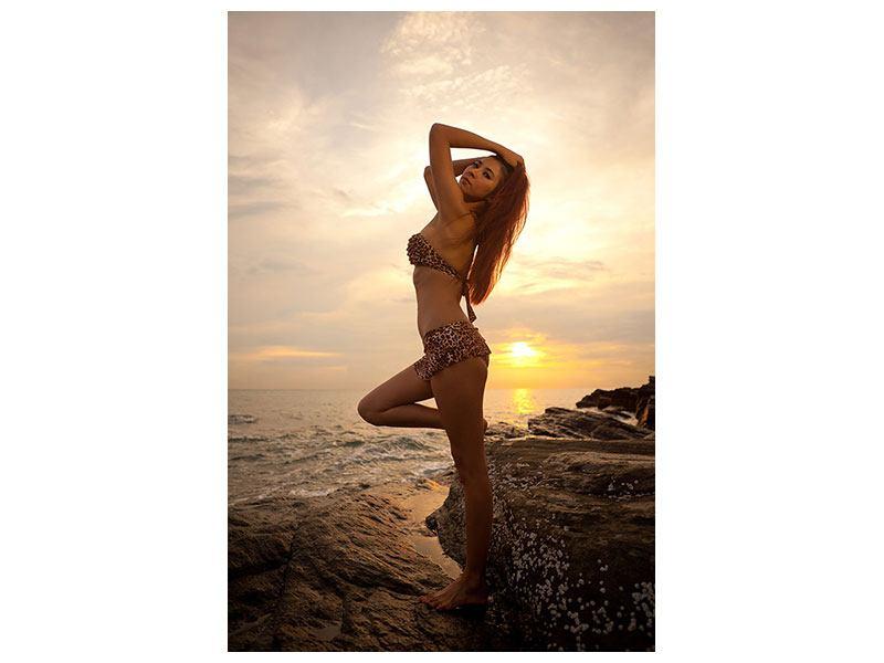 Klebeposter Bikini Schönheit bei Sonnenuntergang