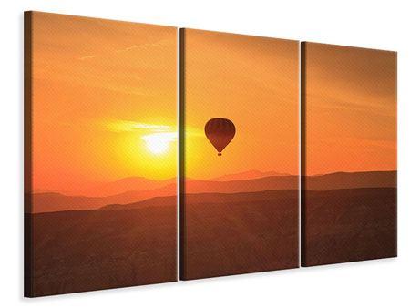 Leinwandbild 3-teilig Heissluftballon bei Sonnenuntergang