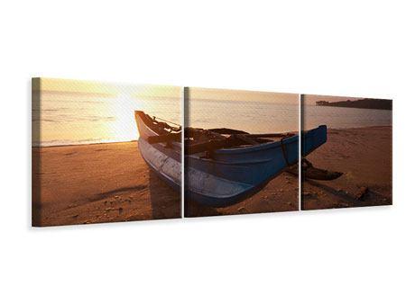 Panorama Leinwandbild 3-teilig Das gestrandete Boot
