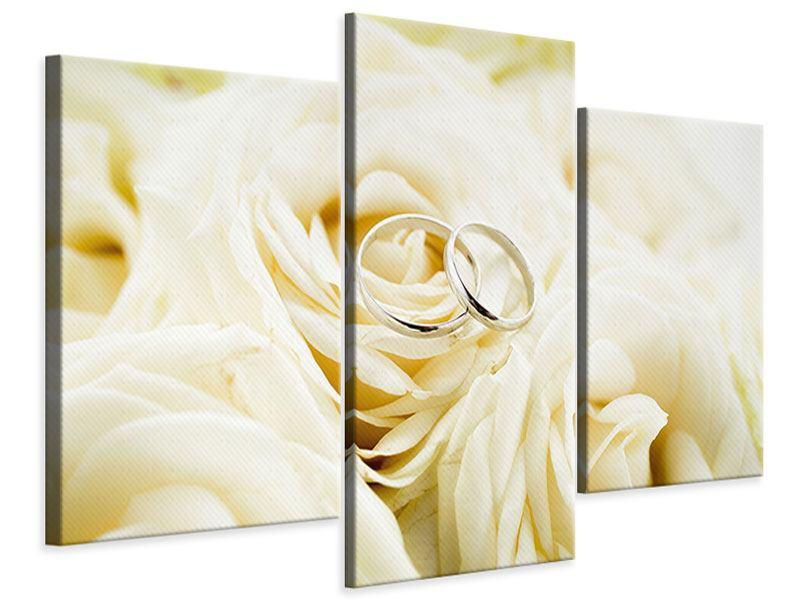 Leinwandbild 3-teilig modern Trauringe auf Rosen gebettet