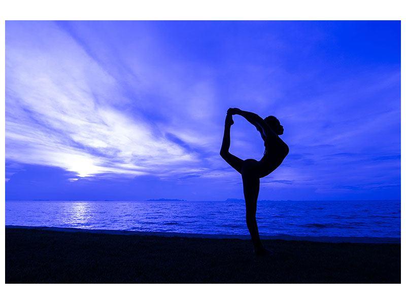 Leinwandbild Yogaübung am Strand