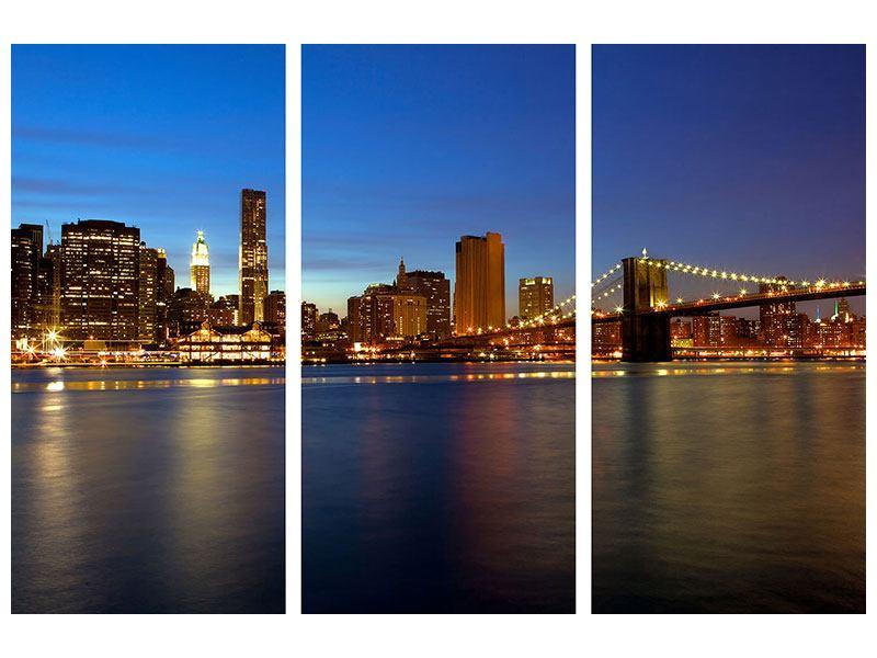 Metallic-Bild 3-teilig Skyline Manhattan im Lichtermeer