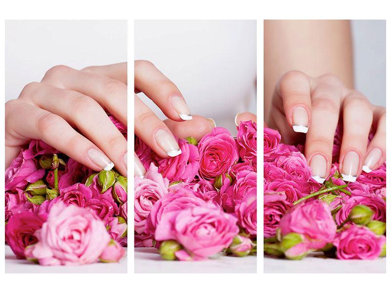 Metallic-Bild 3-teilig Hände auf Rosen gebettet