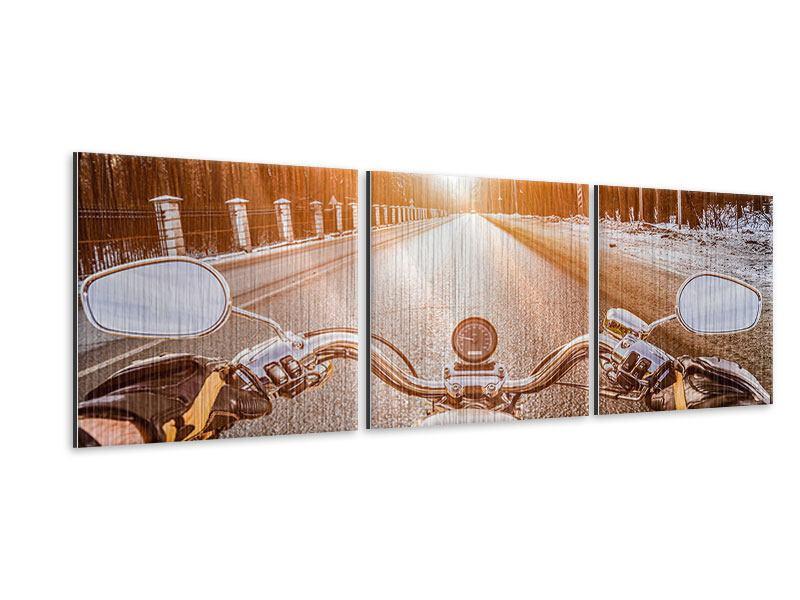 Panorama Metallic-Bild 3-teilig Auf dem Motorrad