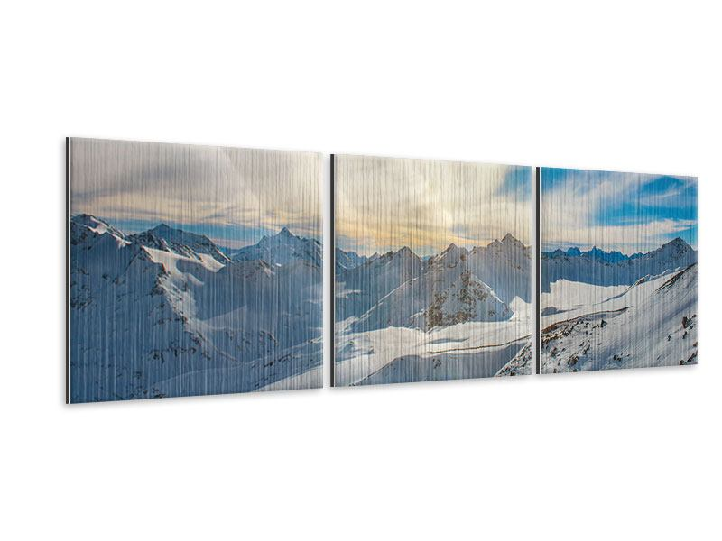 Panorama Metallic-Bild 3-teilig Über den verschneiten Gipfeln