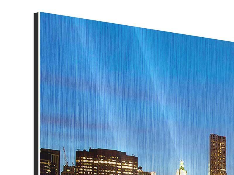 Panorama Metallic-Bild 3-teilig Skyline Manhattan im Lichtermeer