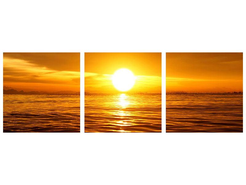 Panorama Metallic-Bild 3-teilig Glühender Sonnenuntergang am Wasser