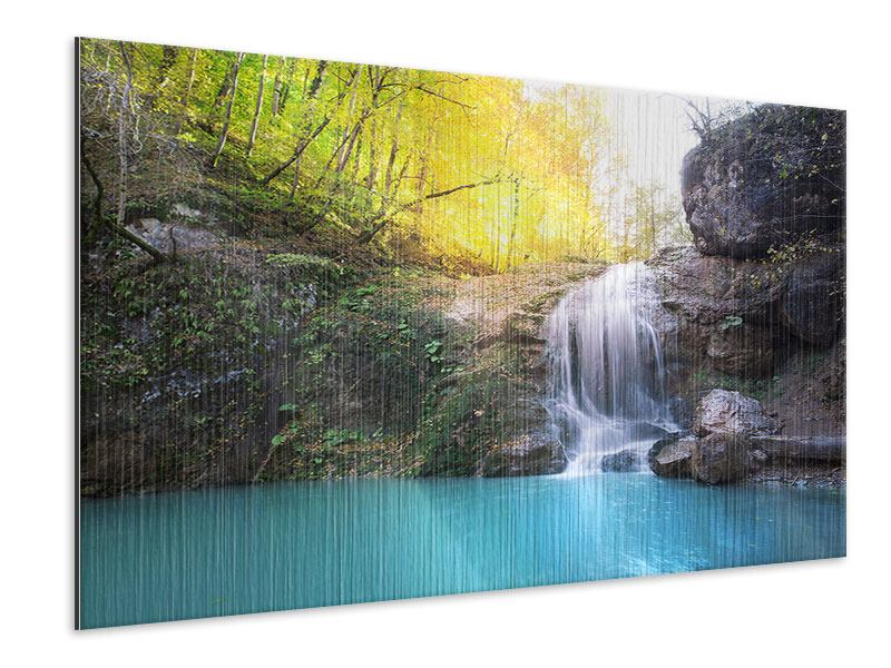 Metallic-Bild Fliessender Wasserfall