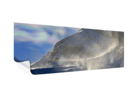 Poster Panorama Mit Schneeverwehungen den Berg in Szene gesetzt